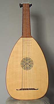 Front view of 6 course g' lute, 9 ribbed back, Grant Tomlinson -